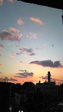 東岡崎 もつ鍋屋の社長ブログ-101109_1646~02.jpg
