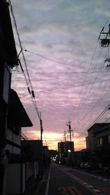 東岡崎 豚もつ鍋屋の社長ブログ-111030_0551~01.jpg