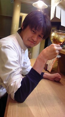 東岡崎 豚もつ鍋屋の社長ブログ-111122_1713~02.jpg